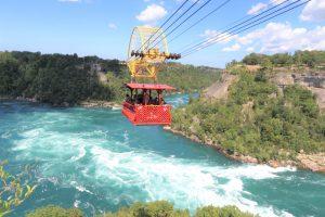 Cáp treo là một lựa chọn thú vị cho những ai muốn thưởng ngoạn vẻ đẹp của Niagara từ trên cao
